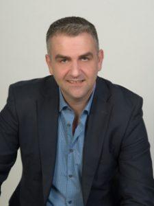 Ο Δρ. Εμμανουήλ Ζαχαράκης